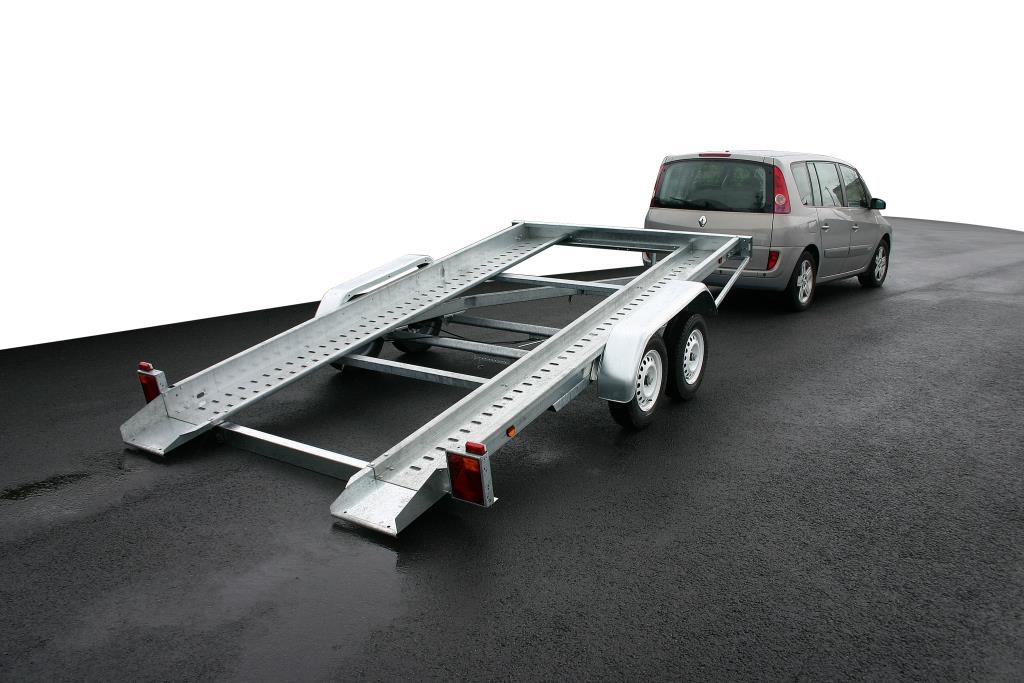 Venta de remolque porta coche basculante nuevo | Remolque.net